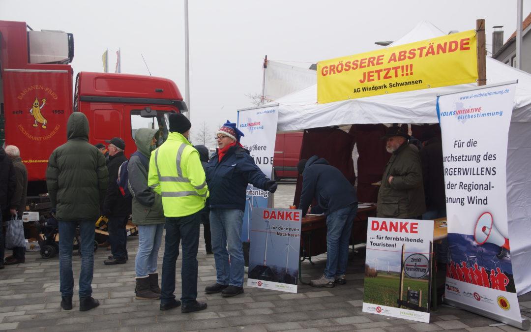 Fischmarkt Eckernförde: Jeweils 400 Unterschriften für 2 Volksinitiativen gesammelt